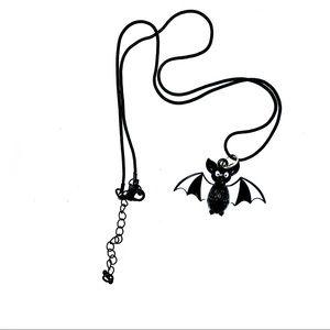 Black & White Spooky Bat, Halloween necklace! NIP!